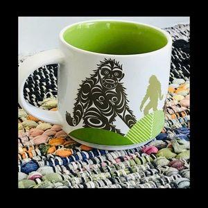 🌼Sasquatch Mug